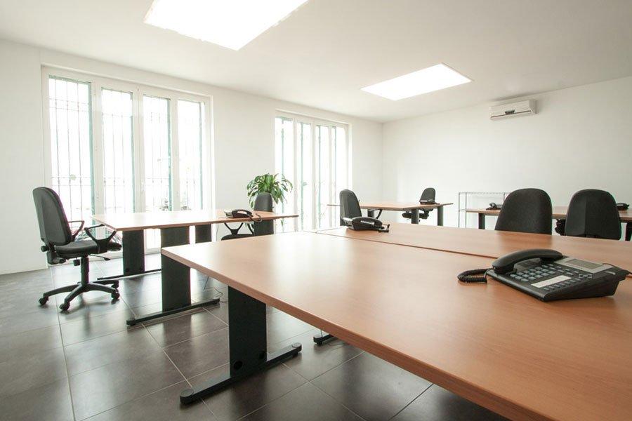 Open space portuense affitto coworking uffici in for Cerco ufficio a roma