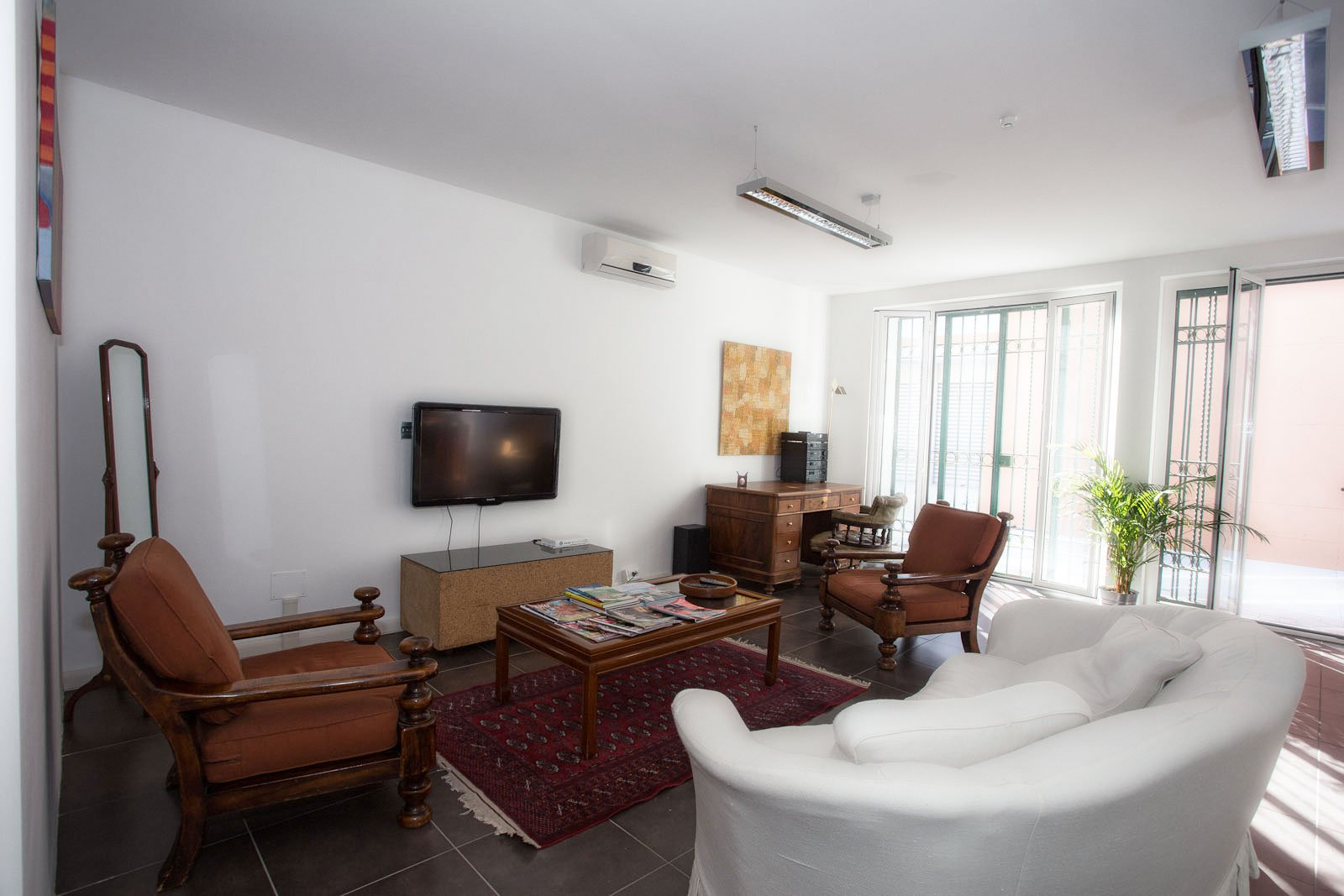 Uffici in affitto a roma portuense per aziende workplace for Affitto studio eur